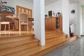 Umbau eines Wohn- und Geschäftshauses